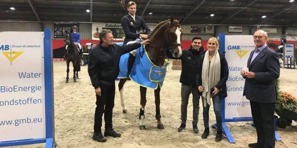 Jappeloup TN wint gmb competitie Luttenberg 4 jarigen.